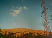 Подземный город обеспечен всеми коммуникациями, в том числе и электричеством (на фото окрестности Ямантау)